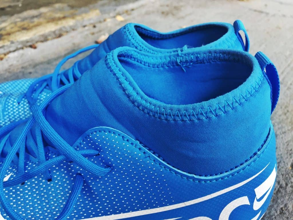 The Nike soccer cleats is made of light materials to allow free movement