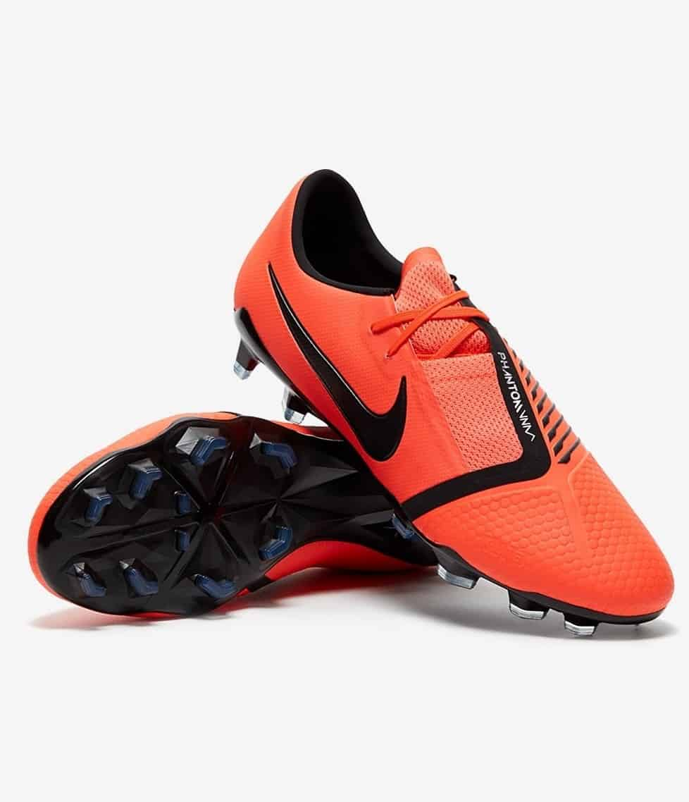 85218ae7d Best Soccer Cleats for Defenders in 2019  Review